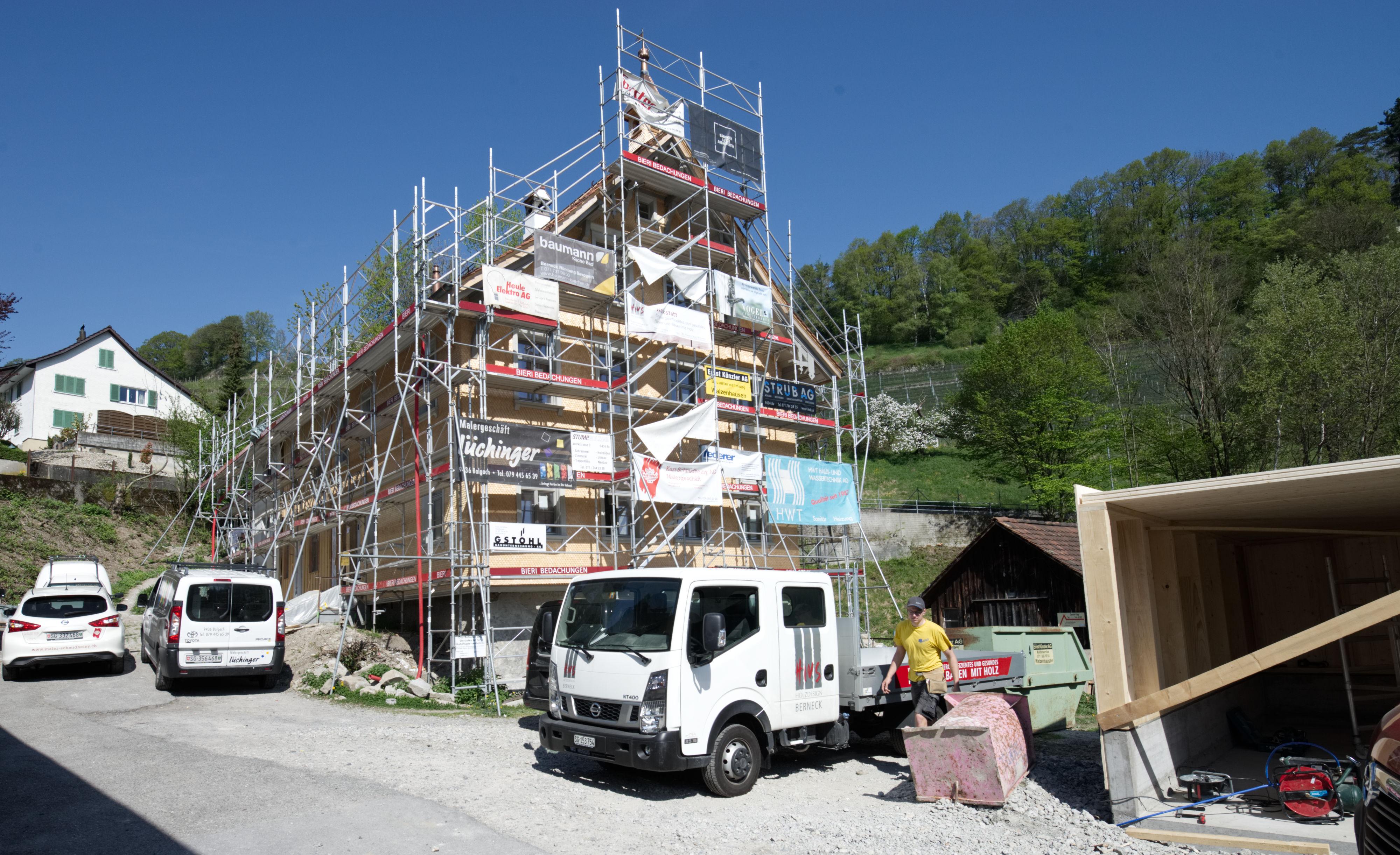 Fertigstellung Blaues Haus In Au